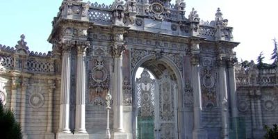 Dolmabahce_Palace