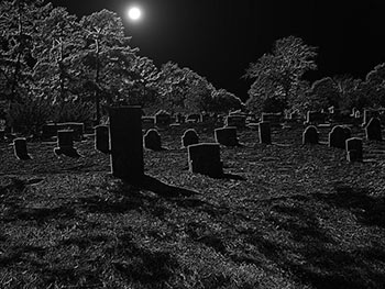 night-in-a-graveyard
