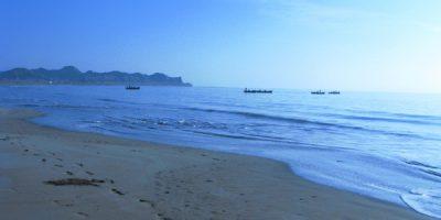 pasni beach balochistan