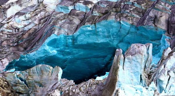 Kashmanja-ice-cave